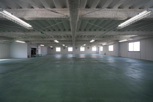 ヨコハマタイヤ城東営業所3階倉庫