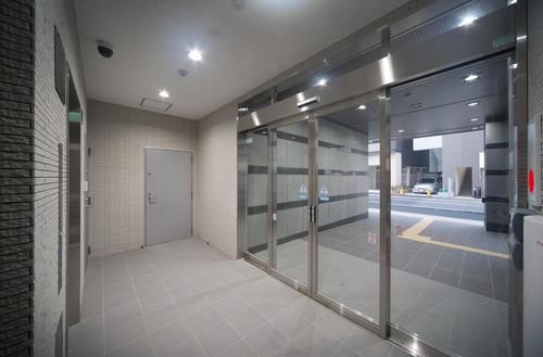 戸塚駅前ビル新築工事玄関ホール 店舗、医院